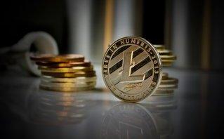 Tài chính - Ngân hàng - Về tốc độ tăng giá, Bitcoin chỉ 'hít khói' tiền ảo này