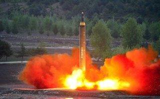 """Tiêu điểm - Sức mạnh tên lửa Triều Tiên: """"Sát thủ"""" đã hiện hình"""