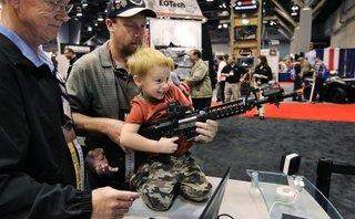 Hồ sơ - Thảm sát Las Vegas: Vì sao Mỹ không thể cấm người dân sở hữu súng?