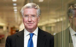 Tiêu điểm - Bộ trưởng Quốc phòng Anh từ chức vì bê bối tình dục trong quá khứ