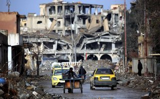 Tiêu điểm - Tròn 7 năm chiến tranh ở  Syria: Đống đổ nát và tình cảnh 'thập diện mai phục'