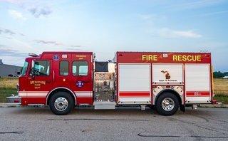 Tiêu điểm - Xe cứu hỏa trên thế giới có được phép đi ngược chiều khi làm nhiệm vụ?