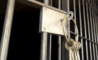 Đối thoại ngược dòng - Đề xuất đưa quan chức thăm quan nhà tù và chuyện chặt gốc tham nhũng