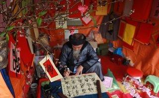 """Xi nhan Trái Phải - 42 ông đồ trượt phần thi sát hạch: """"Ông đồ"""" hay thợ vẽ?"""