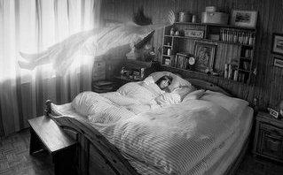 """Hồ sơ - Lạ kỳ trải nghiệm """"hồn lìa khỏi xác"""" chu du """"thiên đường"""", lặng ngắm bản thân"""