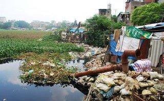 Kết nối- Chính sách - Khắc phục ô nhiễm sông hồ Hà Nội: Thiếu giải pháp bền vững
