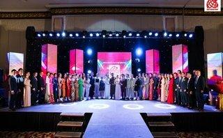 Kinh doanh - Kim Phát - Việt Hưng Phát tỏa sáng cùng áo dài của Nhà thiết kế nổi tiếng Đinh Văn Thơ