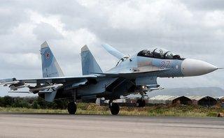 Quân sự - Hé lộ lý do máy bay Su-35S của Nga xua đuổi tiêm kích F-22 của Mỹ ở Syria