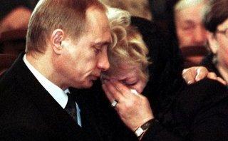 Hồ sơ - Hé lộ về ngày rơi lệ hiếm hoi của Tổng thống Putin