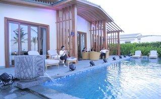 """Khách hàng """"Trải nghiệm Mövenpick Resort Cam Ranh – Trái tim Bãi Dài, thiên đường biển biếc"""""""