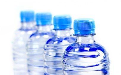 Cuộc sống số - Phần lớn nước đóng chai đều chứa phân tử nhựa cực kỳ nguy hại