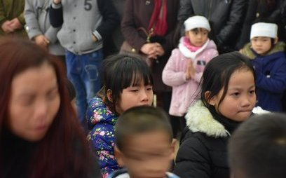 Xã hội - Nghẹn ngào phút tiễn đưa bé gái 7 tuổi hiến giác mạc cho y học