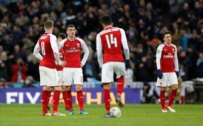 Bóng đá Quốc tế - Huyền thoại MU chỉ ra 3 nỗi nhục của Arsenal