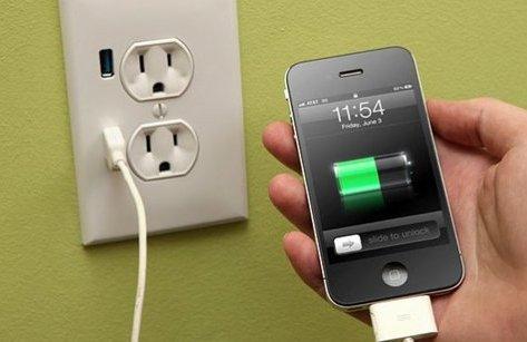 """Thủ thuật - Tiện ích - Mỗi năm, smartphone """"đốt"""" của bạn bao nhiêu tiền điện?"""