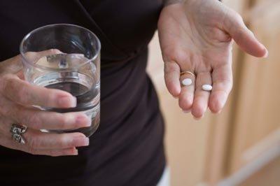 Sức khỏe - Tự ý phá thai theo cách rẻ, nhanh, bí mật, chị em dễ mất mạng