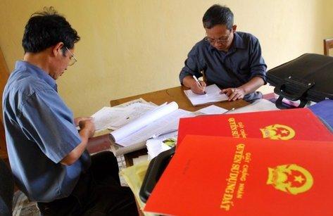 Xã hội - Sổ đỏ đứng tên cả gia đình: 'Đảm bảo quyền lợi chính đáng cho mọi người'