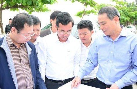 Chính trị - Bí thư Đà Nẵng: Chủ tịch phường bảo vệ doanh nghiệp chặn lối xuống biển?