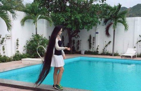 Cộng đồng mạng - Chiêm ngưỡng mái tóc dài 2 mét của thiếu nữ 9X