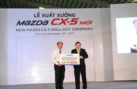 Tiêu dùng & Dư luận - THACO xuất xưởng xe mới, ủng hộ bão lụt 3,5 tỷ đồng
