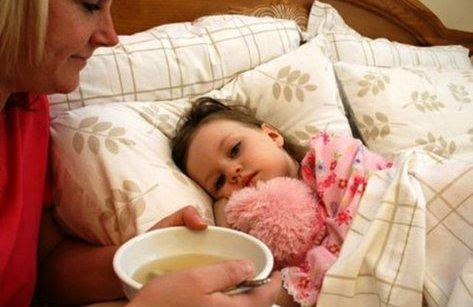 Đời sống - Trẻ bị sốt xuất huyết nên ăn gì?