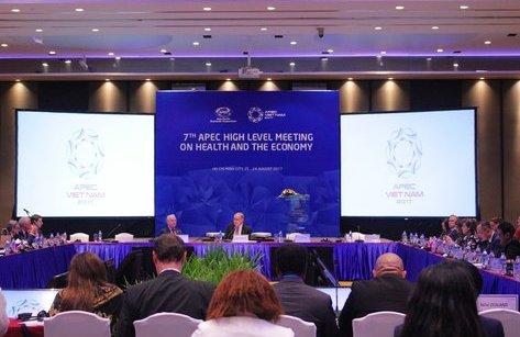 Chính trị - Xã hội - Phó Thủ tướng Vũ Đức Đam đề nghị đại biểu APEC chia sẻ kinh nghiệm đầu tư y tế