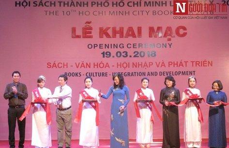 Văn hoá - Phó Chủ tịch nước Đặng Thị Ngọc Thịnh khai mạc Hội sách TP.HCM