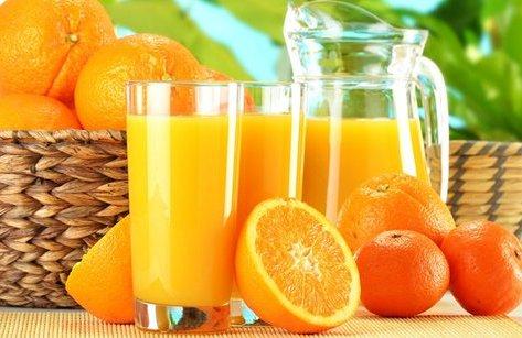 Tư vấn - Điều gì xảy ra nếu cho người ốm uống nước cam?