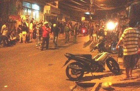 An ninh - Hình sự - Hà Nội: Điều tra nhóm côn đồ chém chết người trong quán ăn đêm