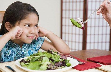 Sức khỏe - Làm gì khi bé bị táo bón?