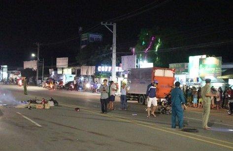 Chính trị - Xã hội - Bình Dương: Ba người thương vong sau vụ tai nạn liên hoàn
