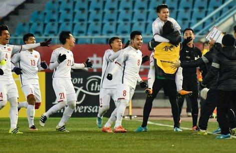Bóng đá Việt Nam - AFC: Việt Nam vào chung kết sau khi diễn tiếp một bộ phim kinh dị