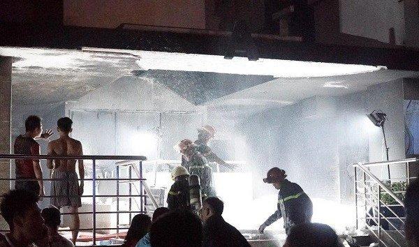 Góc nhìn luật gia - Vụ cháy khiến 13 người chết: Cửa ngăn khói bị chèn gạch là do cố ý hay vô tình?
