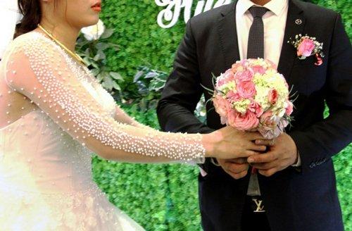 Gia đình - Đám cưới giả, chú rể giả hay sự ích kỷ của người trẻ