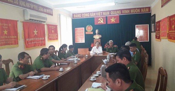 Mới- nóng - Clip: Tướng  Phan Anh Minh trả lời về vụ 2 'hiệp sĩ' bị sát hại