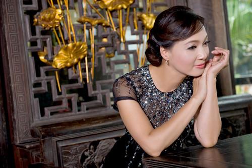 Giải trí - Vì sao NSND Lê Khanh nhận lời làm người kể chuyện trong đêm nhạc Lam Phương? (Hình 2).