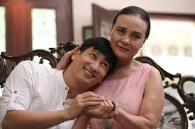 NSND Hoàng Cúc kể chuyện từng nghèo đến mức đi buôn long nhãn, bị ung thư nhưng vẫn buôn bất động sản