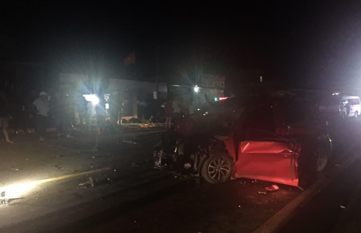 Tin nhanh - Đắk Nông: Ô tô con đối đầu xe tải, 1 người tử vong