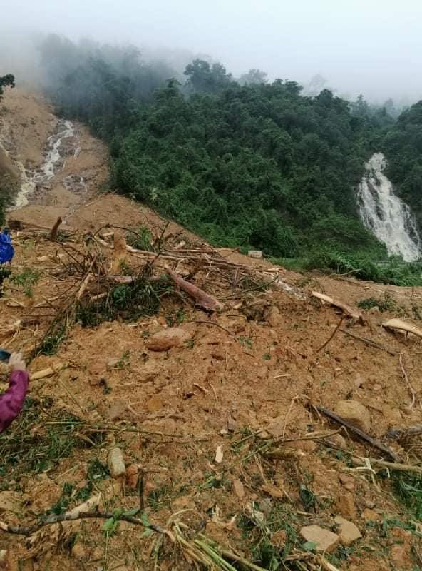 Tin nhanh - Sạt lở núi lấp hết một trạm bảo vệ rừng tại Quảng Bình