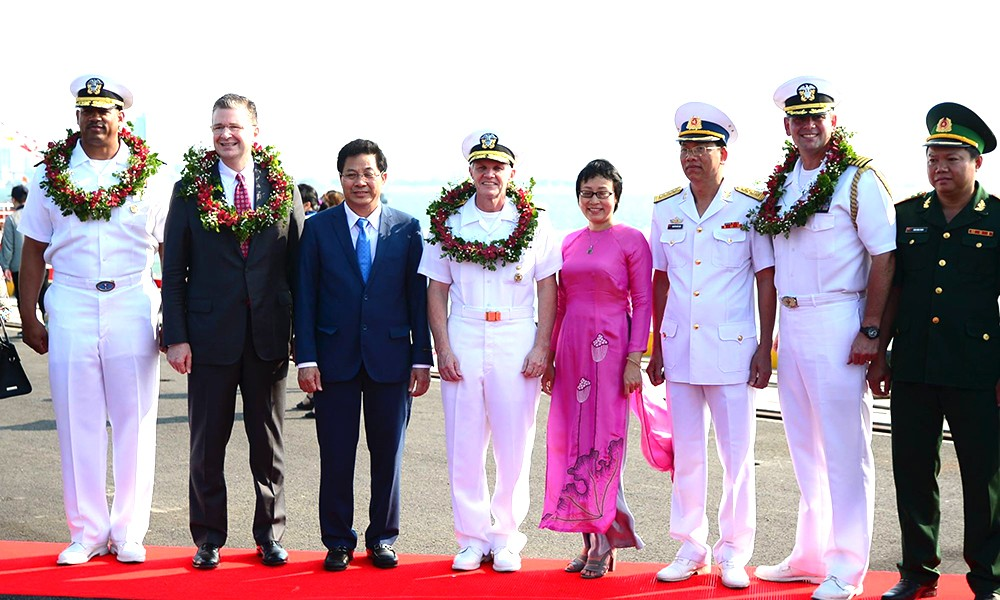 Chính trị - Tàu sân bay Mỹ thăm Việt Nam: Từ cựu thù trở thành đối tác chặt chẽ