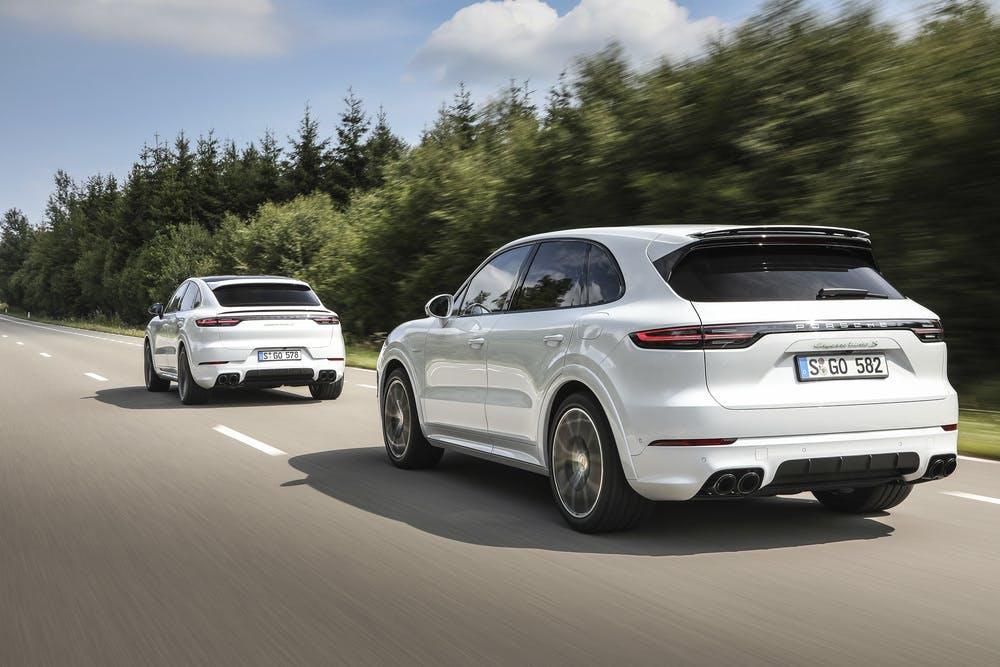 Thị trường xe - Cayenne Turbo S E-Hybrid 2020: SUV mạnh mẽ nhất của Porsche có gì 'độc'? (Hình 4).
