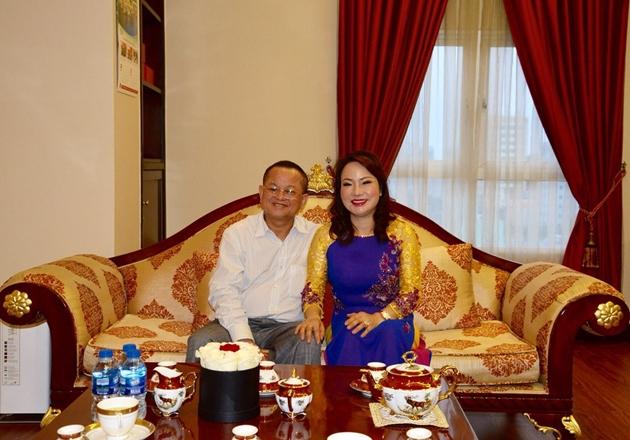 Tài chính - Ngân hàng - 4 ái nữ nhà 'vua' Tôm: Ôm tài sản nghìn tỷ, chưa một lần lộ diện truyền thông