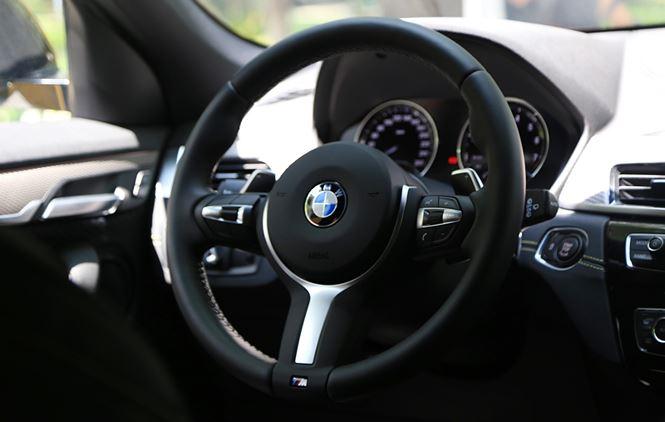 Thị trường xe - BMW X2 bản cao nhất đấu 'Mẹc' GLA sắp bán ra tại Việt Nam (Hình 3).