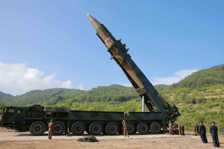 Hồ sơ - Tiết lộ về việc đồng minh Mỹ 'ngầm bắt tay' mua vũ khí của Triều Tiên (Hình 2).