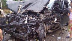 Tin nhanh - Tai nạn nghiêm trọng trên cao tốc Nội Bài – Lào Cai: Tài xế xe Fortuner đã tử vong