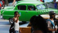 Cuộc sống số - Cuba chính thức cung cấp internet trên điện thoại di động cho người dân