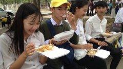 Giáo dục - Chuẩn bị suất ăn miễn phí cho thí sinh thi THPT Quốc gia