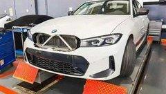 Xe++ - BMW để rò rỉ những hình ảnh của bản nâng cấp mẫu 3 Series mới