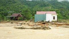 Tin nhanh - Nghệ An: Bản làng hoang tàn vì mưa lũ