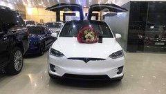 Thú chơi xe - 'Mổ xẻ' Tesla Model X P100D gần 10 tỷ 'gây bão' MXH