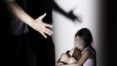 Hồ sơ điều tra - Tuyên y án 2 năm tù đối với cựu cán bộ ngân hàng dâm ô bé gái ở Hoàng Mai